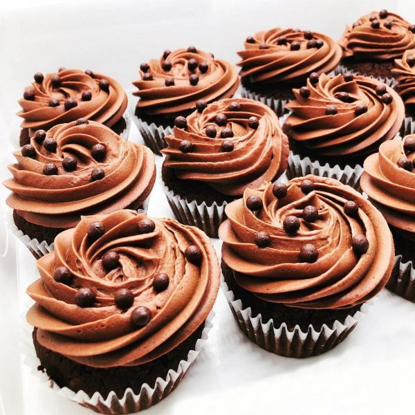 Briose cupcakes - la comanda cofetarie Bucuresti