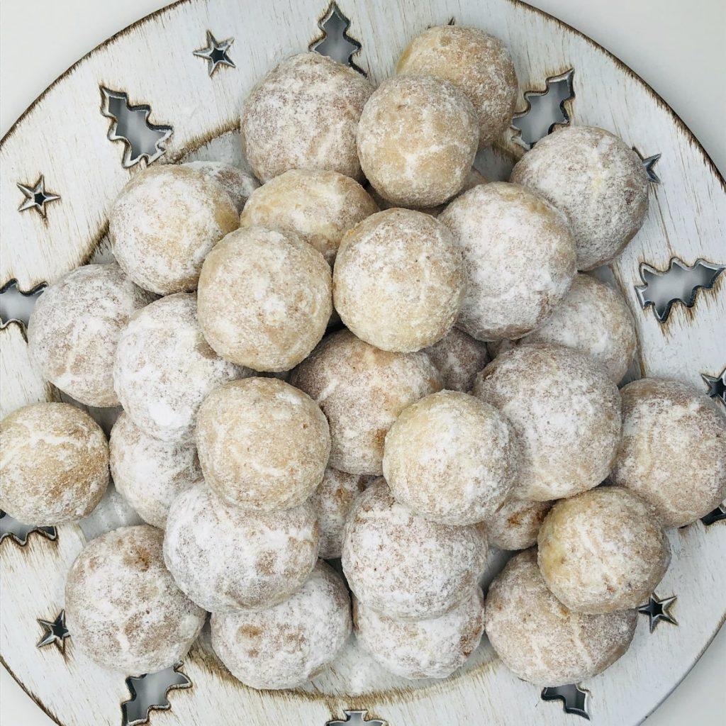 Fursecuri cu migdale si unt - prajituri la comanda in Bucuresti