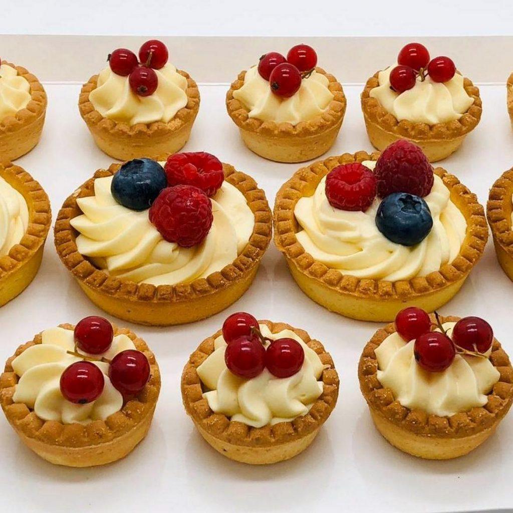 Mini-tarte cu ciocolată sau vanilie - la comanda cofetarie Bucuresti