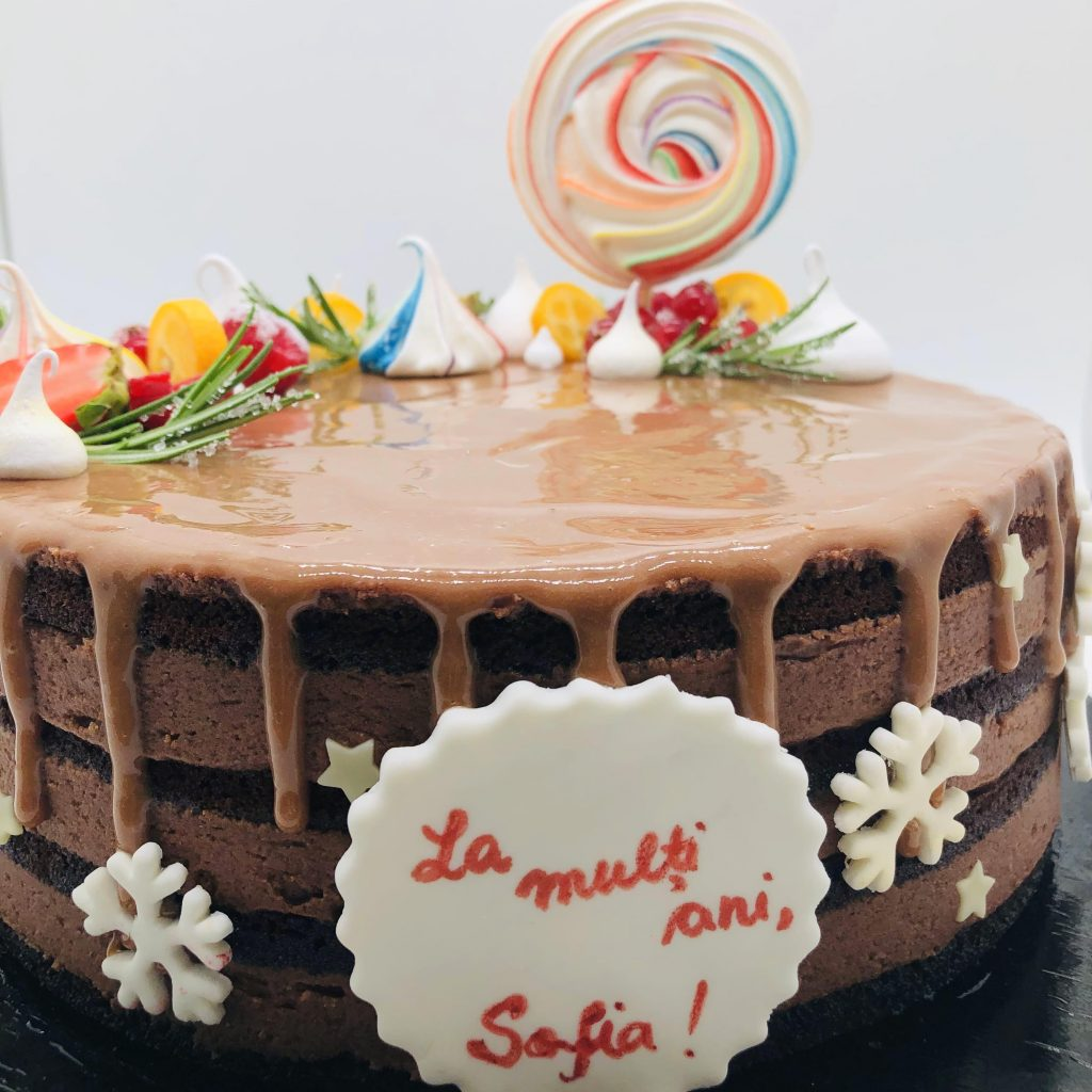 Tort amandina – tort la comanda Bucuresti
