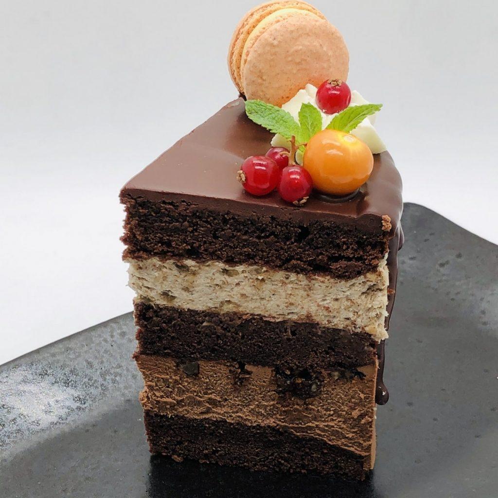 Tort ciocolata si banane – tort la comanda Bucuresti