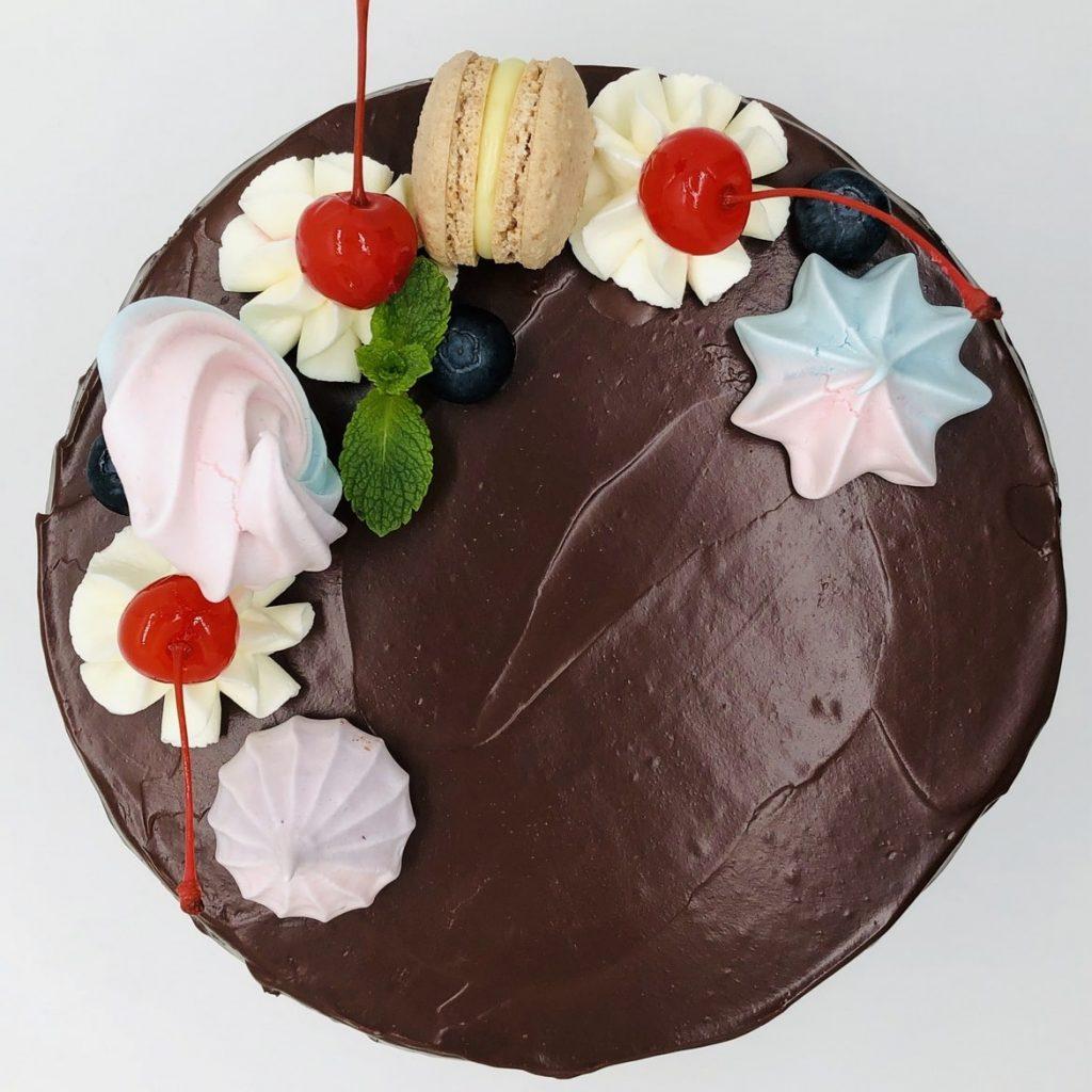 Tort Black Forest – tort la comanda Bucuresti