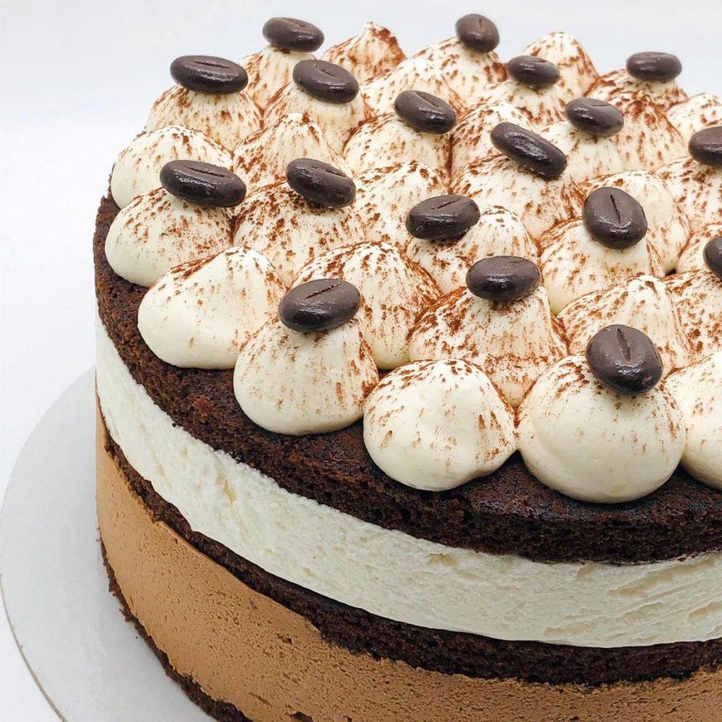 Tort Tiramisu – tort la comanda Bucuresti